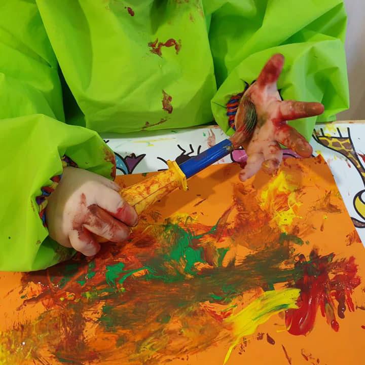 Creatief bezig zijn bij kinderopvang De Bosuiltjes in Den Haag